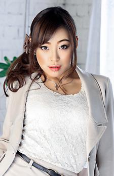Shiona Suzumori