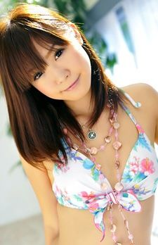 Momoka Rin