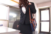 Hot Japanese milf goes dirty at work and sucks cock Photo 4