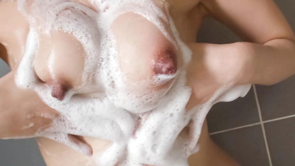 美熟女小向まな美~オナニー&口内射精
