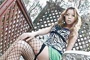 Big tits Japanese babe loves having oral pleasures Photo 4