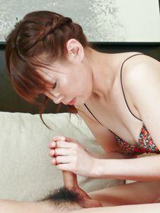 Kana Mimura-The sexy Kana Mimura gives a foot and handjob Picture 5