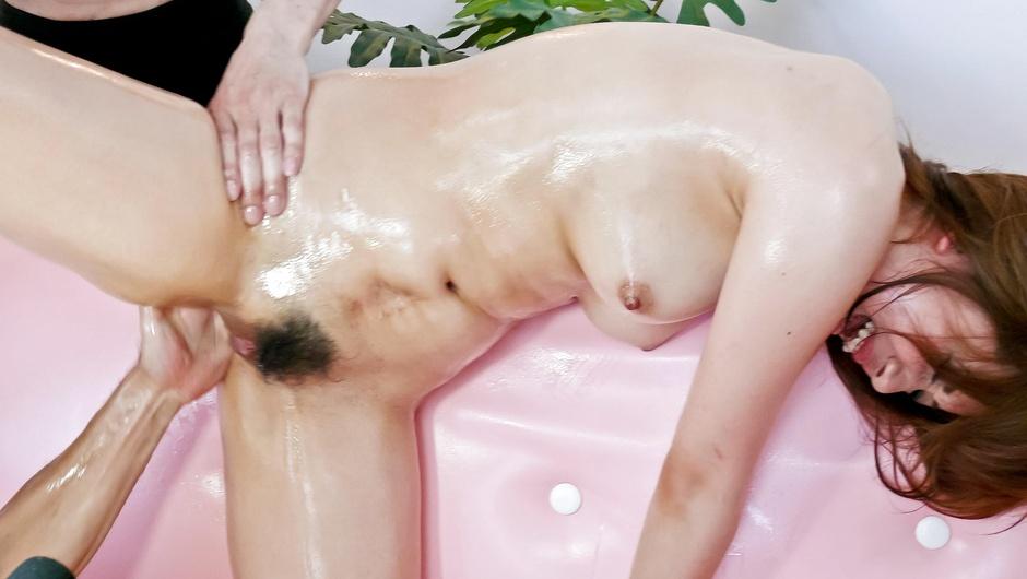 Ravishing dildo porn along Asian milfYurina