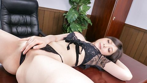 Sexy Asian in lingerie blows cock on cam