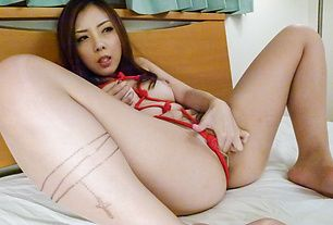 Asian milf sucks cock in perfect manners