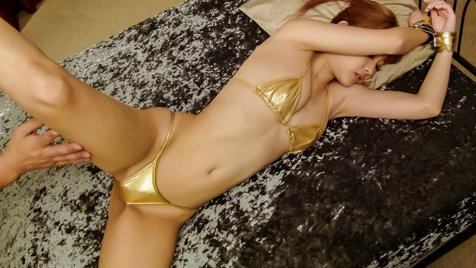 Girl in Asian lingerie finger fucked until exhaustion