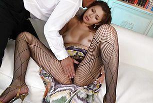 Mai Kuroki's Pantyhose  Off To Be Banged