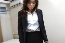 Mai Hanano-Mai Hanano puts vibrator for clit orgasm Picture 1