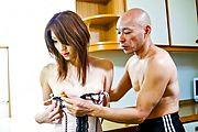 Powerful vibrators make Nana Kinoshita's asian pussy cum Photo 4