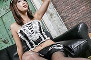 黒メイドはセクシー網タイツ ももかりん Photo 2