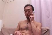 47歳美熟女ゆうこ 授乳プレイ Photo 2