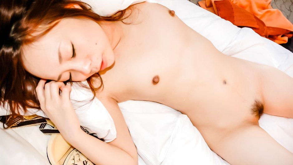 小坂ともみ~素人美乳ギャルハメ撮り