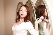 Sexy MILF Kanako Tsuchiyo Takes A Facial After A BJ Photo 6